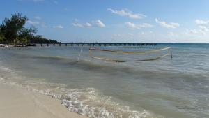 cancun mexiko isla mujeres netz im wasser