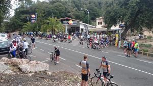 Radfahren-auf-Mallorca-Tankstelle