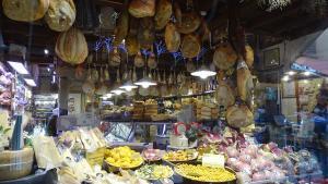 Bologna Italien Wurst Tortillini