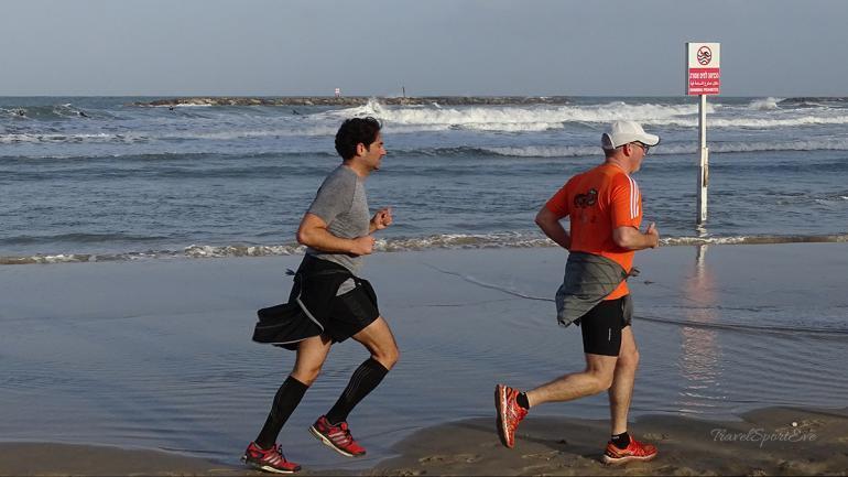 tel-aviv-marina-jogger-strand
