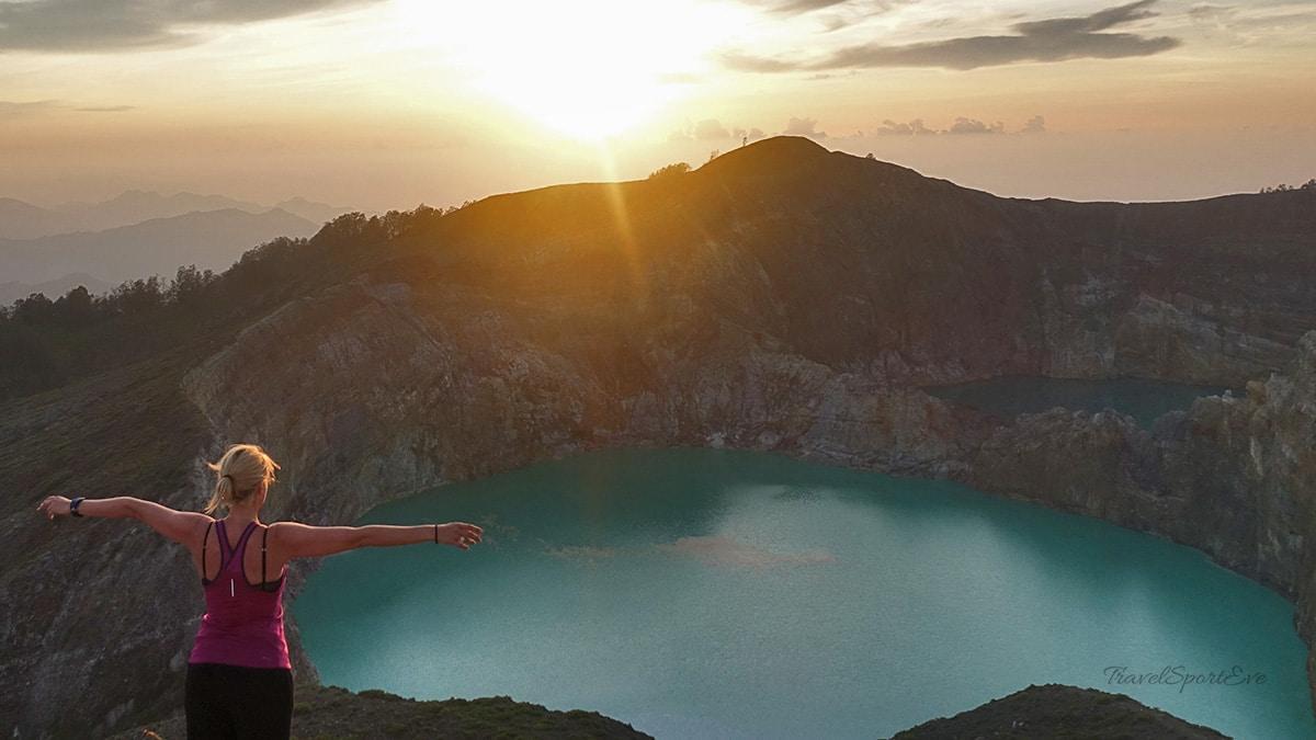 Highlights Aktivreisen Sportreisen Besteigung Vulkan Kelimutu Flores Indonesien