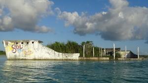 Laguna-Bacalar-Mexiko-Piratenschiff