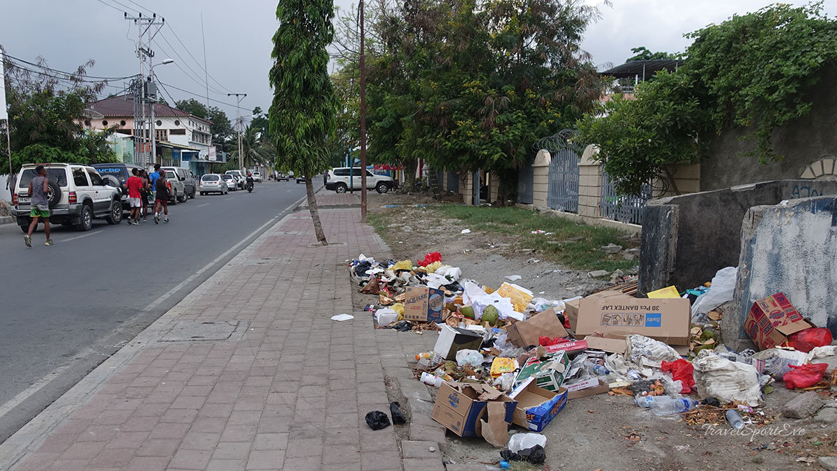 Osttimor Müll Straße Dili