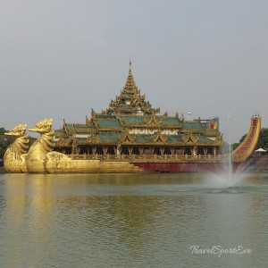 Myanmar Bilder Yangon Kandawgyi Lake
