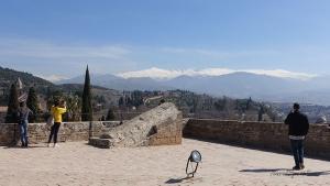 Alhambra in Granada Ausblick Alcazaba Sierra Nevada